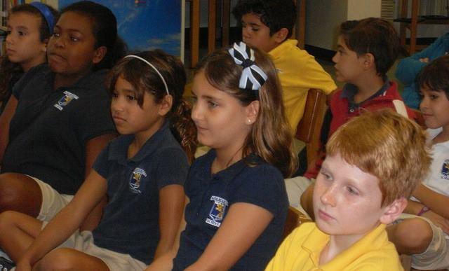 Fiesta de la lectura 2013 Fundacion Cuatrogatos Miami