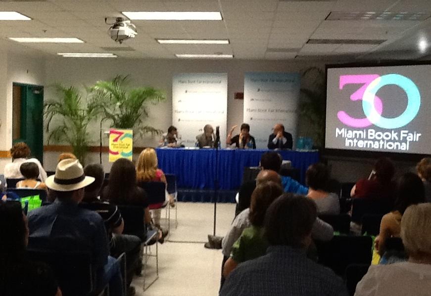 Feria Libro Miami Fundacion Cuatrogatos 2013